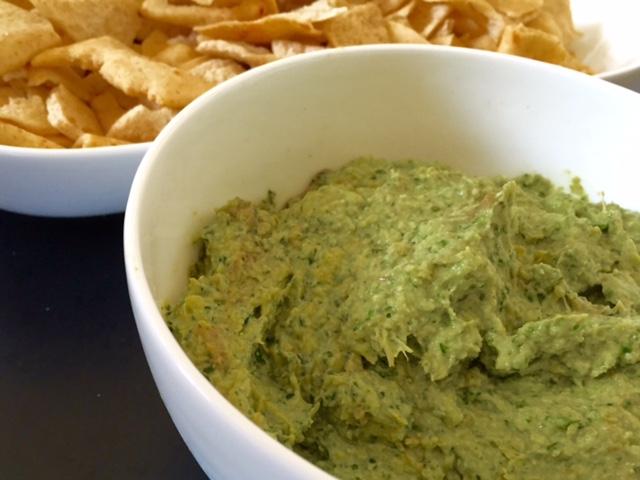 Cheesy Kale & Artichoke Dip
